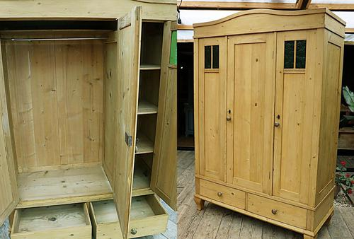 Beautiful Old Pine Triple Knock Down 'Arts & Crafts' Wardrobe  - We Deliver & Assemble! (1 of 18)