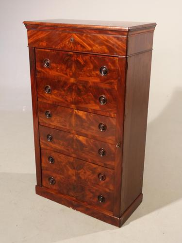 A Beautifully Figured Mid Victorian Wellington Chest (1 of 4)