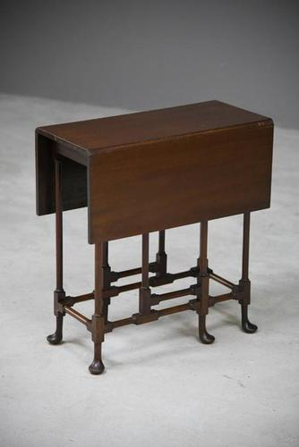 Small Drop Leaf Side Table (1 of 13)