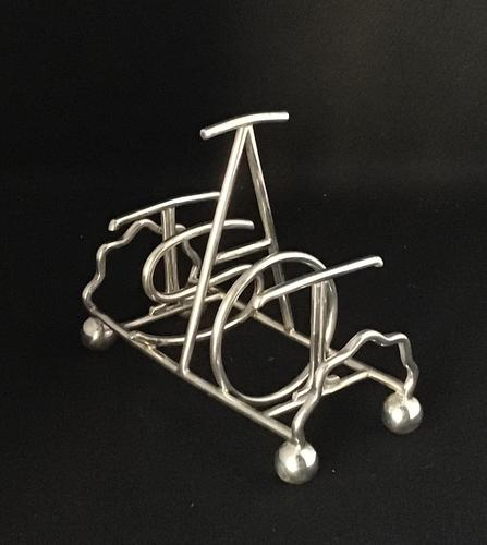 "Edwardian Silver Plated Toast Rack saying ""TOAST"" (1 of 4)"