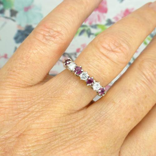 Vintage 18ct Ruby & Diamond seven stone ring ~ 40th wedding Anniversary (1 of 10)