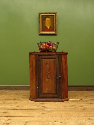 Antique Georgian Elm Corner Cabinet of Modest Proportions & Lovely Character (1 of 13)