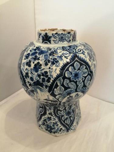 Superb 18th Century Dutch Delft Vase (1 of 10)