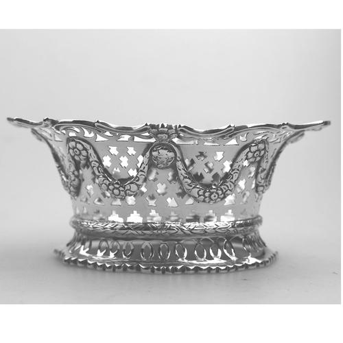 Extremely Good Solid Silver Pierced Basket / Bowl by Golds c.1899 (1 of 10)