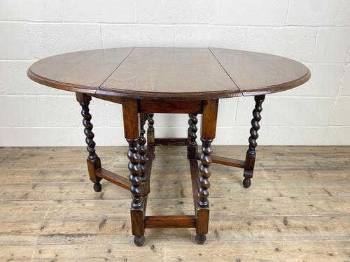 Antique Oak Gateleg Table (1 of 11)