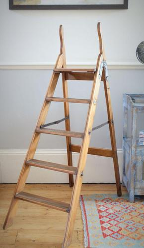 Antique Pine Library Step Ladder with Brass Step Inlays by Pioneer (1 of 14)