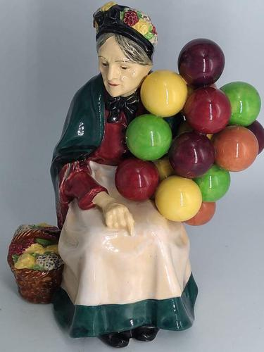 Royal Doulton Figurine - The Old Balloon Seller (1 of 7)