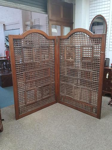 Antique Arch Top Screen (1 of 8)
