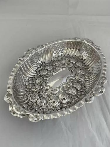 Victorian Antique Silver Dish or Bowl 1892 Elkington Sterling Silver Fruit Dish (1 of 9)