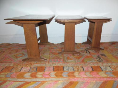Cotswold School Nest of Tables (1 of 10)