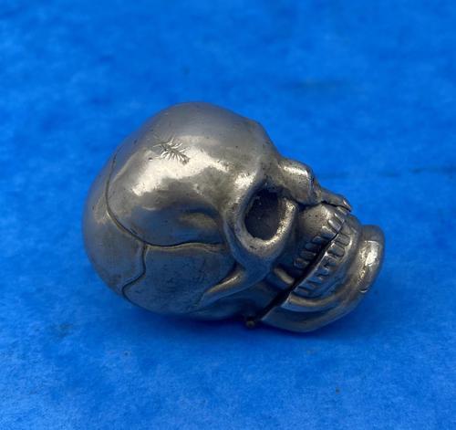 Rare Victorian Skull Vesta (1 of 15)