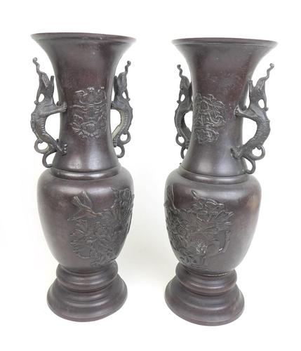 Pair of Early 20th Century Japanese Bronzed Vases, Meiji Style (1 of 5)