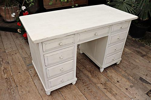 Fabulous! Old Pine / White Painted Desk / Dressing Table - We deliver! (1 of 11)