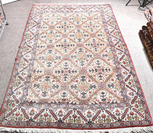 Old Qum Rug 226x141cm (1 of 4)
