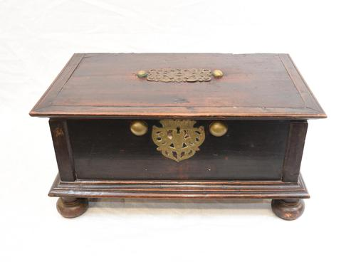 17th Century Portugese Casket Box - Walnut Jewellery Case (1 of 11)