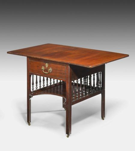 Chippendale Period Mahogany Pembroke Table (1 of 5)