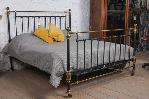 Handsome Classic Victorian Super King Size Bed by Maple & Co (1 of 9)