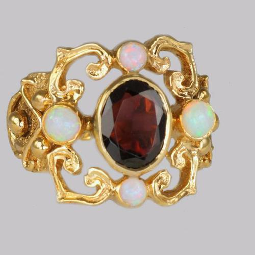 Vintage Garnet & Opal 9ct Gold Victorian Style Ring Ornate Antique Style Ring (1 of 7)