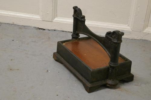 Heavy Cast Iron & Brick Boot Scraper (1 of 7)