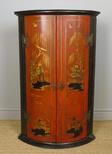 George II Japanned Bowfront Corner Cupboard (1 of 7)
