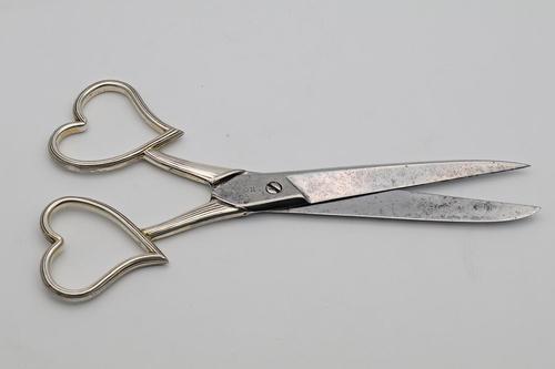 Rare Victorian 'Witch' Scissors (1 of 3)