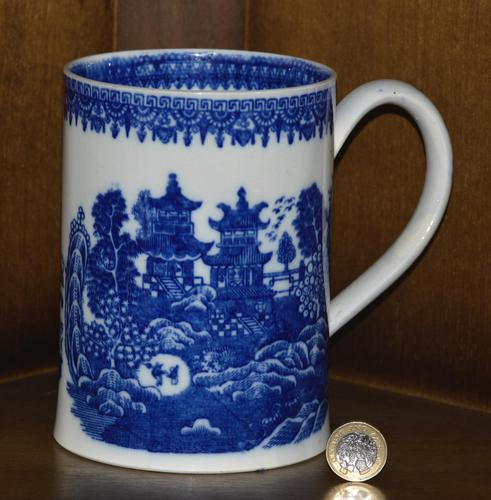 Late 19th Century Pearlware Cider Mug Decorated With Blue and White Chinoiserie (1 of 7)