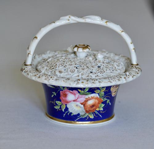 Early 19th Century Chamberlain's Pot Pourri Floral Basket & Cover (1 of 9)
