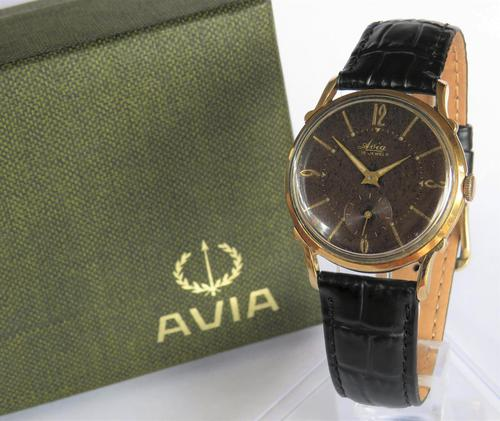 Gents 1960s Avia Wrist Watch (1 of 5)