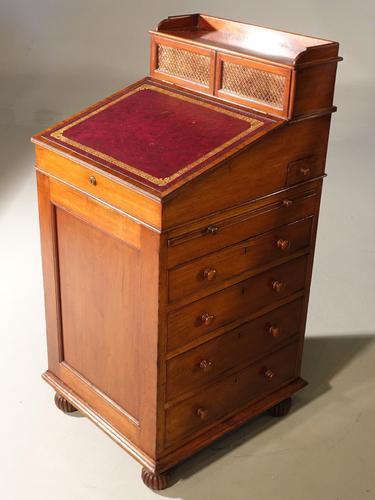 A Fine Mid 19th Century Mahogany Davenport (1 of 8)