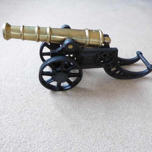 Large Cast Iron and Brass Display Cannon (1 of 3)