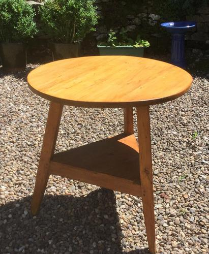 19c Pine Cricket or Tavern Table (1 of 4)