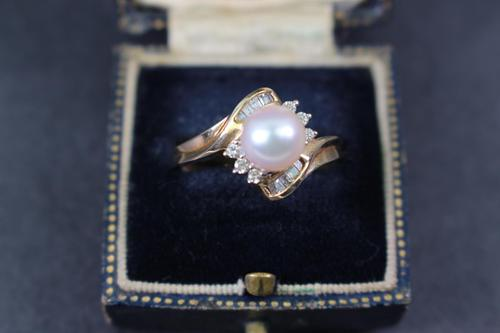Gold Pearl and Diamond Set Ring (1 of 4)