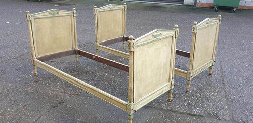 Fine Pair Country House Single Beds (1 of 2)