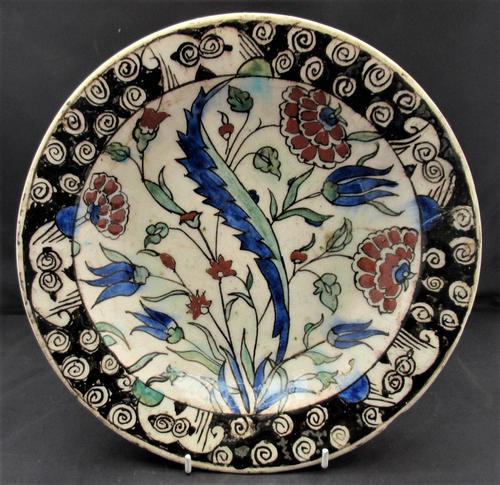 Iznik Pottery Dish c.1600 (1 of 9)