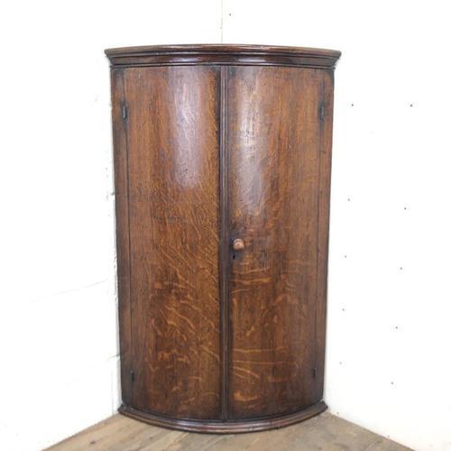 Georgian Oak Bow Front Corner Cupboard (1 of 10)