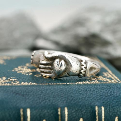 The Medieval Silver Hand on Heart Ancient Ring (1 of 6)