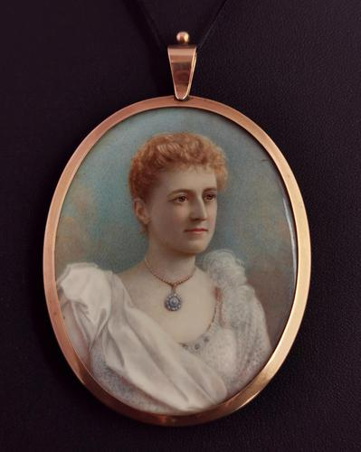 Antique Portrait Miniature, Mourning Pendant, 9ct Gold (1 of 12)