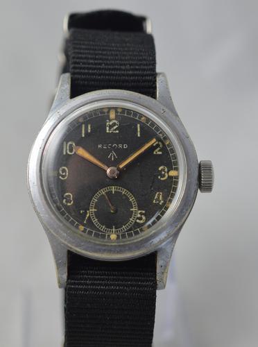 WW2 Record British Military Issue Wrist Watch (1 of 6)