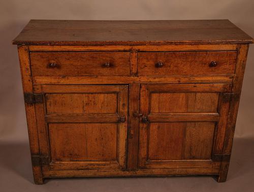 Small 18th Century Serving Dresser in Oak (1 of 7)