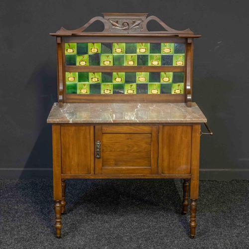 Victorian Washstand (1 of 10)