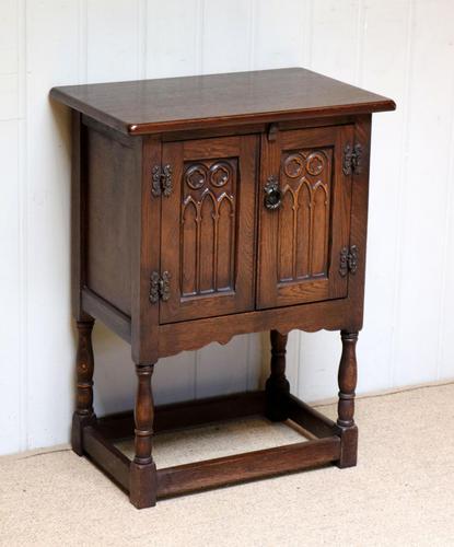 Oak Side Cabinet (1 of 9)
