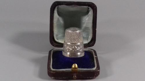 Antique Silver Thimble Charles Horner HM 1912 Boxed (1 of 12)