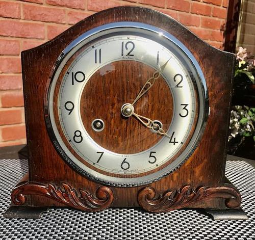 Immaculate Early 1950's English Striking Mantle Clock by Bentima / Perivale. (1 of 7)