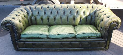 1960s Chesterfield Green Leather Buttoned Back 3 Seater Sofa. (1 of 3)