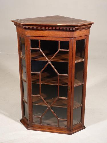 Late Georgian Period Oak Glazed Corner Cupboard (1 of 5)