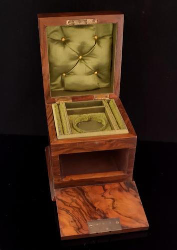 Antique Victorian walnut jewellery box, fitted (1 of 9)