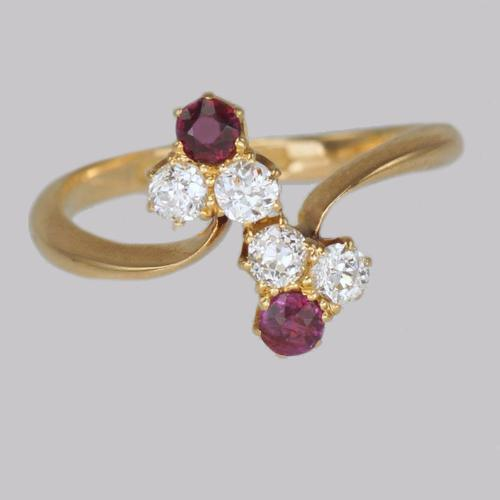 Antique Ruby & Old Cut Diamond Ring Victorian 18ct Gold Dress Ring c.1900 (1 of 10)