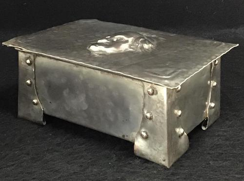 Arts & Crafts Silver Plated Casket Martin Chuzzlewit (1 of 7)