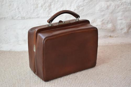 Edwardian Leather Travel Case by H.Greaves New Street Birmingham (1 of 10)