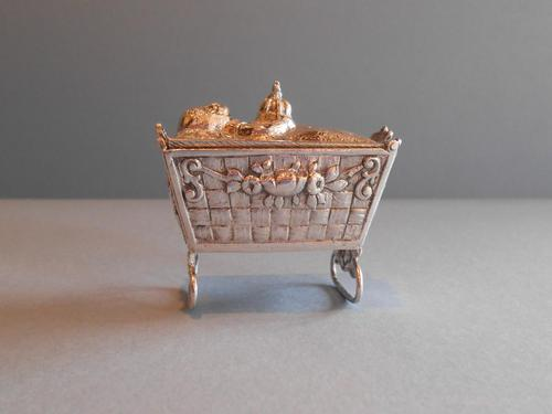 Antique Edwardian Silver Novelty Snuff Box (1 of 7)